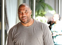 Liverpool FC legend John Barnes arrive in Kenya