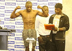 BOXING WEIGH IN